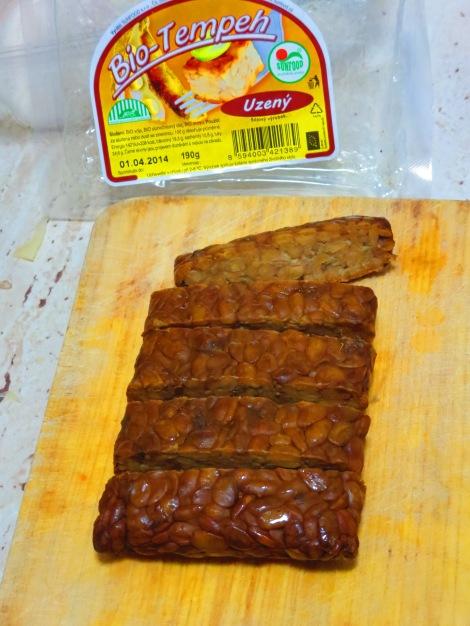 Sliced smoked tempeh.