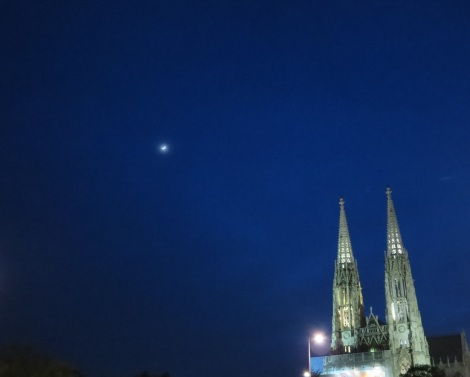 St. Stephen's Cathedral at night.