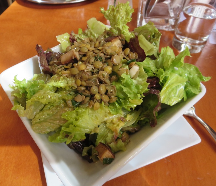 Salad with lentils and tofu at Wrenkh.