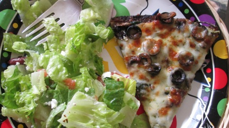 Cottage Inn's gluten-free and vegetarian pizza and salad.