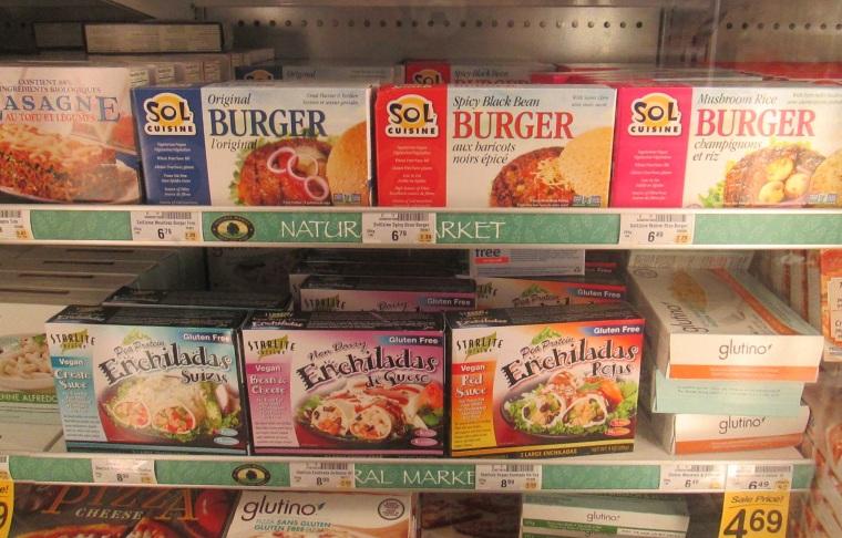 Bilingual veggie burgers, Safeway.
