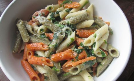 Viviana's delectable Italian blend penne, topped with spinach and parmesan. Gluten free.