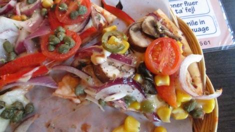 Gluten-free veggie pizza at Mackie's in Aahus.
