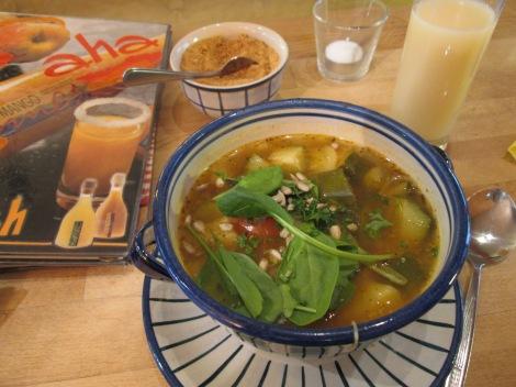 Zucchini/courgette soup.